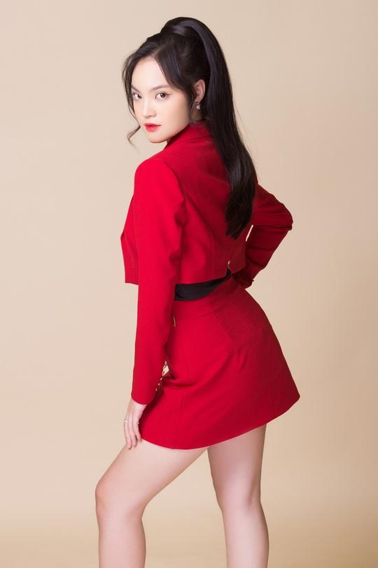 Ca sĩ trẻ Sunny Đan Ngọc năng động, khoe nét tươi trẻ trong loạt ảnh mới - Ảnh 9.