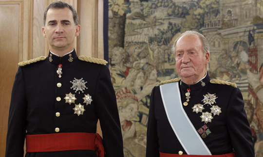 Đằng sau động thái cứng rắn của vua Tây Ban Nha với cha - Ảnh 1.