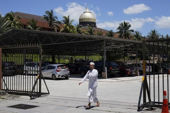 """Sri Petaling: Từ thánh đường Hồi giáo đến """"điểm nóng"""" Covid-19 - Ảnh 1."""