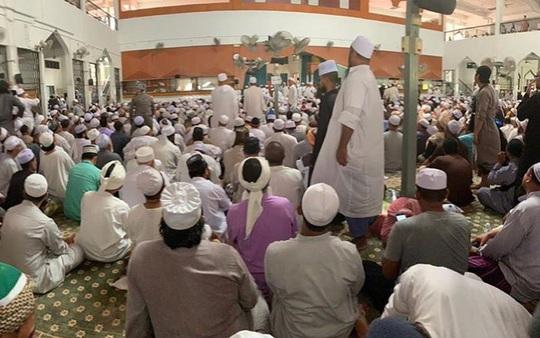 """Sri Petaling: Từ thánh đường Hồi giáo đến """"điểm nóng"""" Covid-19 - Ảnh 2."""