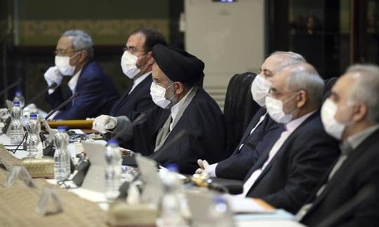 Covid-19: Iran thả tù nhân, hai nghị sĩ Mỹ nhiễm bệnh - Ảnh 1.
