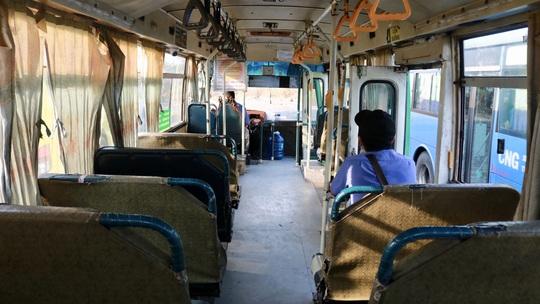 CLIP: Xe buýt TP HCM vắng khách kỷ lục! - Ảnh 3.