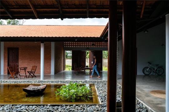 Vẻ đẹp nhà 3 gian truyền thống đặc trưng của người Nam Bộ - Ảnh 3.