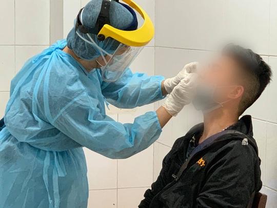 Một bác sĩ mắc Covid-19 trong quá trình điều trị bệnh nhân, Việt Nam có 116 ca bệnh - Ảnh 3.
