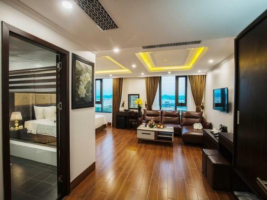 Bên trong khách sạn làm cơ sở cách ly ở Hạ Long, Đà Nẵng - Ảnh 1.