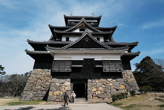 Vẻ đẹp lâu đài gỗ Nhật Bản - Ảnh 4.