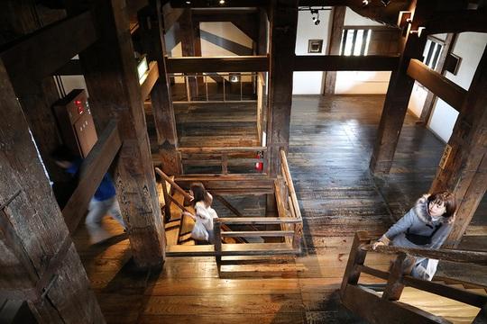 Vẻ đẹp lâu đài gỗ Nhật Bản - Ảnh 7.