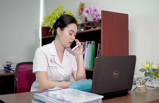 Sao mai Huyền Trang hát tặng y bác sĩ trong mùa dịch Covid-19 - Ảnh 3.
