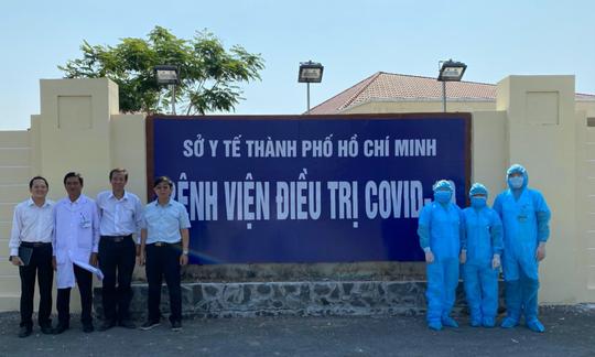 TP HCM: Đã tìm ra 70 người tiếp xúc với phi công mắc Covid-19 tại quận 2 - Ảnh 1.