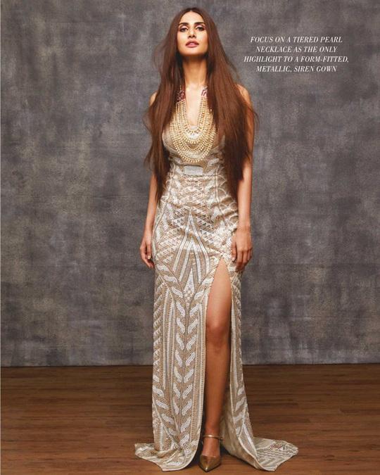 Mê mẩn ngắm mỹ nhân Ấn Độ nổi tiếng sở hữu vẻ đẹp siêu thực - Ảnh 5.
