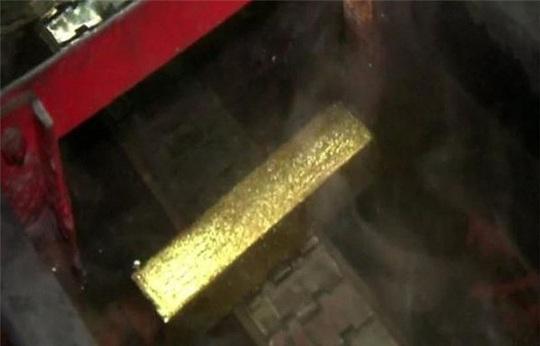 Vì sao giá vàng chưa thể tăng mạnh trở lại ? - Ảnh 1.