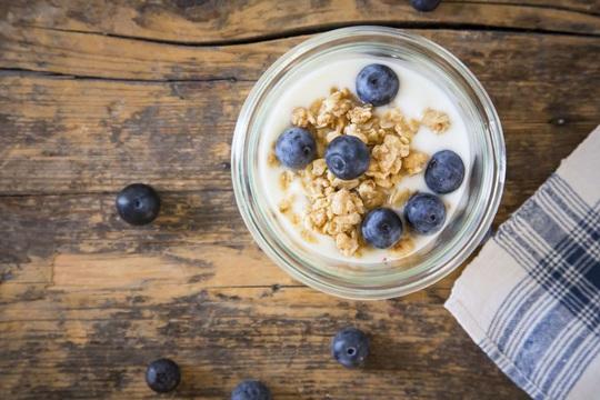 Các thực phẩm nên bổ sung để cơ thể tăng sức đề kháng - Ảnh 1.