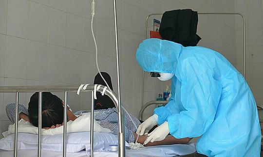 Bệnh nhân 100 đi lễ hơn 60 lần có kết quả âm tính lần 1 với SARS-CoV-2 - Ảnh 1.