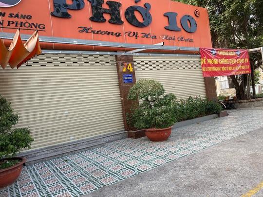 Nhiều quán ăn vẫn mở cửa bán kiếm đồng ra, đồng vào - Ảnh 3.