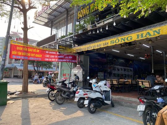 Nhiều quán ăn vẫn mở cửa bán kiếm đồng ra, đồng vào - Ảnh 5.