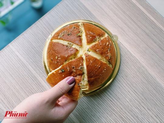 Giải mã món bánh mì đang khiến hội chị em truy lùng khắp nơi - Ảnh 4.