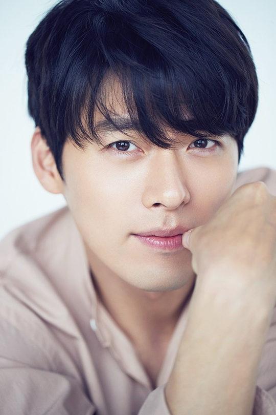 Hyun Bin gây sốt với loạt ảnh cũ - Ảnh 13.
