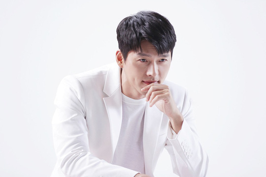 Hyun Bin gây sốt với loạt ảnh cũ - Ảnh 11.
