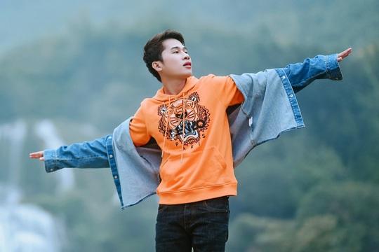 Hoàng Thùy Linh lập kỷ lục với 8 giải thưởng ở Làn Sóng Xanh 2019 - Ảnh 4.