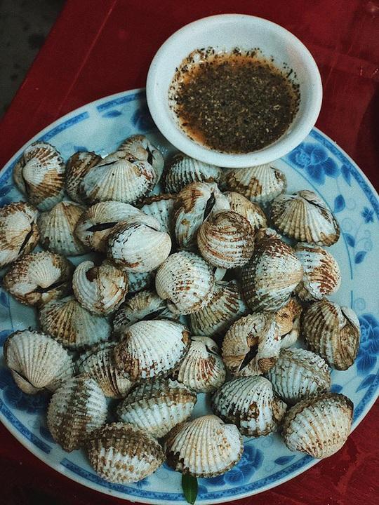 Mắt cá ngừ đại dương và loạt món ngon không nên bỏ qua tại Phú Yên - Ảnh 8.