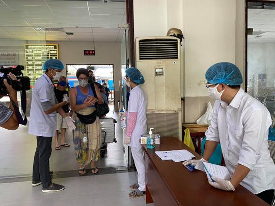 Đà Nẵng: Tìm được nữ du khách Mỹ bỏ trốn khi đang làm thủ tục cách ly - Ảnh 1.