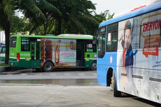 TP HCM: Toàn bộ xe buýt dừng hoạt động từ ngày 1 đến 15-4 - Ảnh 1.