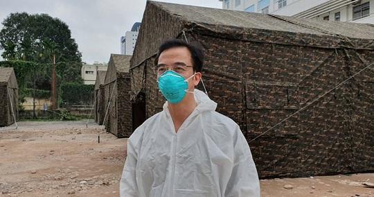 Quân đội dựng bệnh viện dã chiến trong Bệnh viện Bạch Mai - Ảnh 3.