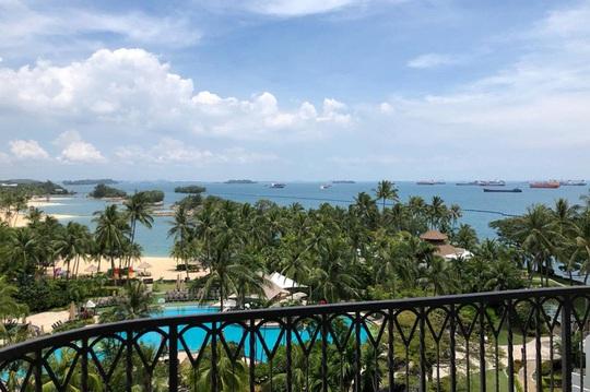 Trải nghiệm cách ly sang chảnh tại khách sạn 5 sao ở Singapore - Ảnh 1.