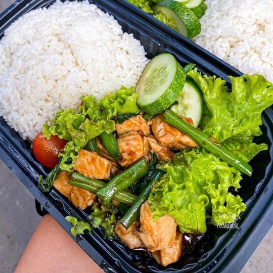 photo 5 1585558133695203715223 - 3 tiệm ăn ship cơm ngon tận nhà ở TP HCM