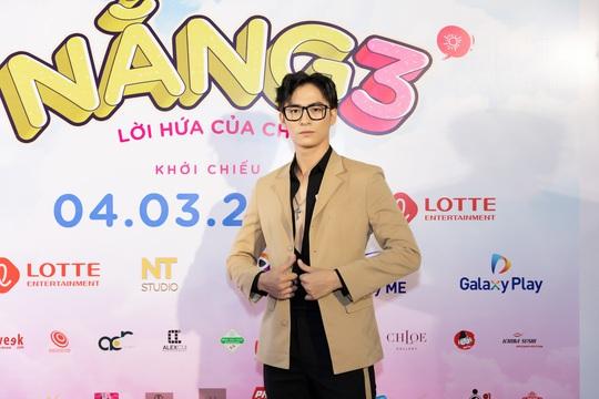 Khả Như, Kiều Minh Tuấn cùng sao Việt hội tụ trên thảm đỏ phim Nắng 3 - Ảnh 11.