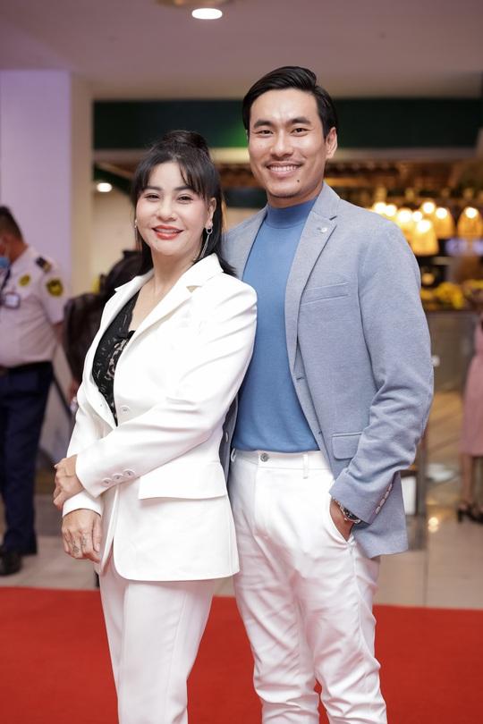 Khả Như, Kiều Minh Tuấn cùng sao Việt hội tụ trên thảm đỏ phim Nắng 3 - Ảnh 7.