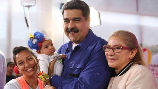 Khủng hoảng nặng, tổng thống Venezuela kêu gọi phụ nữ… sinh nhiều con - Ảnh 1.