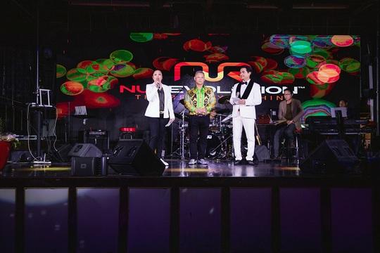 Triệu phú Đô Nguyễn trao thưởng 8 viên kim cương tri ân khách hàng tại Mỹ - Ảnh 5.