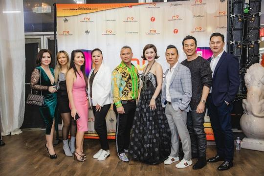 Triệu phú Đô Nguyễn trao thưởng 8 viên kim cương tri ân khách hàng tại Mỹ - Ảnh 7.