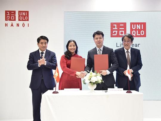 Uniqlo chính thức khai trương cửa hàng tại Hà Nội - Ảnh 1.