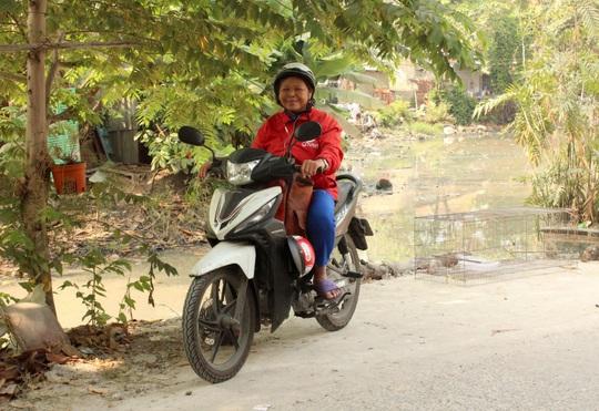 Nữ tài xế công nghệ tuổi 65: hành trình vượt qua biến cố cuộc sống - Ảnh 1.