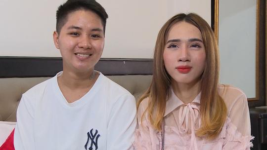 Người đàn ông đầu tiên mang bầu ở Việt Nam muốn sinh thường - Ảnh 3.