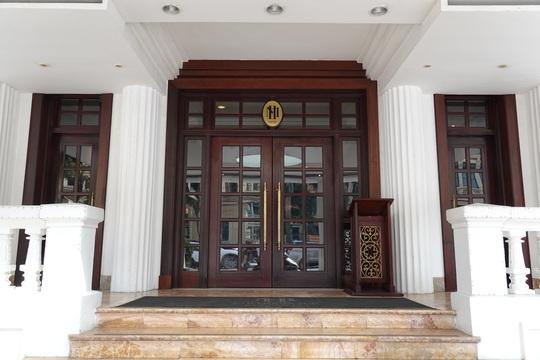 CLIP: Khách sạn 5 sao Metropole cùng nhiều khách sạn hạng sang khác bị rà soát vì Covid-19 - Ảnh 11.