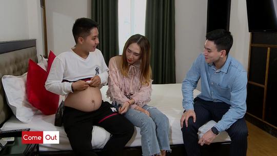 Người đàn ông đầu tiên mang bầu ở Việt Nam muốn sinh thường - Ảnh 1.