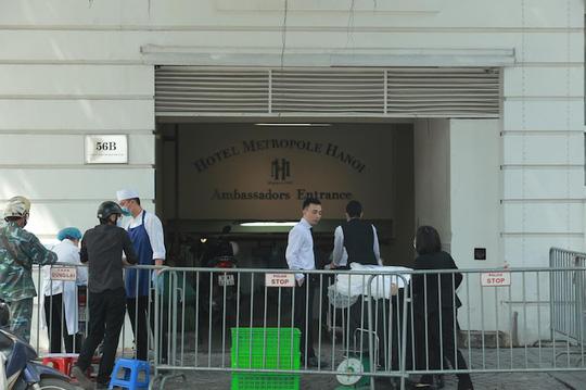 CLIP: Khách sạn 5 sao Metropole cùng nhiều khách sạn hạng sang khác bị rà soát vì Covid-19 - Ảnh 7.