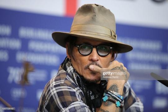 Johnny Depp - người đàn ông mất tất cả vì một bóng hồng - Ảnh 1.
