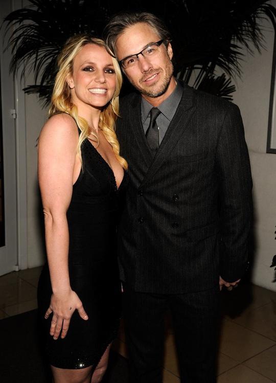 Britney Spears - công chúa mải mê yêu đương và ly hôn sau 55 tiếng - Ảnh 5.
