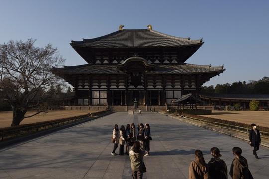Cố đô Nhật Bản những ngày vắng bóng du khách - Ảnh 4.