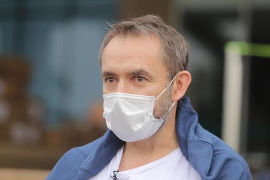Nữ điều dưỡng Bệnh viện Bạch Mai cùng 8 bệnh nhân Covid-19 được công bố khỏi bệnh - Ảnh 20.
