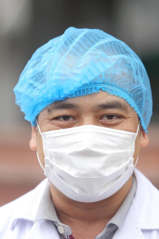 Nữ điều dưỡng Bệnh viện Bạch Mai cùng 8 bệnh nhân Covid-19 được công bố khỏi bệnh - Ảnh 21.
