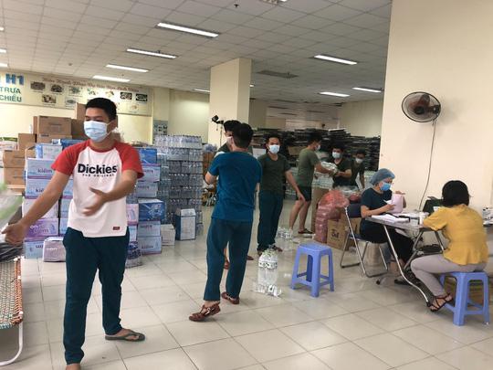 Hội Chuyên gia trí thức Việt Nam-Hàn Quốc hỗ trợ y bác sĩ tại Trung tâm Y tế quận Thủ Đức - Ảnh 3.