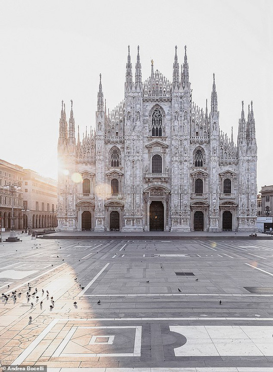 Danh ca khiếm thị Andrea Bocelli khiến hàng triệu người xúc động - Ảnh 9.