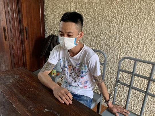 3 đối tượng chơi ma túy rồi thay nhau làm nhục bé gái 15 tuổi trong nhà nghỉ - Ảnh 2.