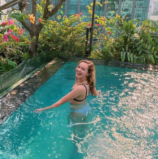 Bỏ túi 4 khách sạn TP HCM sở hữu hồ bơi tầng thượng view đẹp - Ảnh 6.
