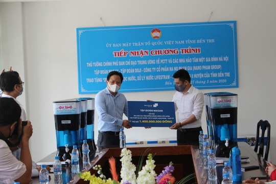 Chung tay chống dịch Covid-19, Masan Consumer trao tặng 10.000 suất ăn tại TP HCM - Ảnh 6.